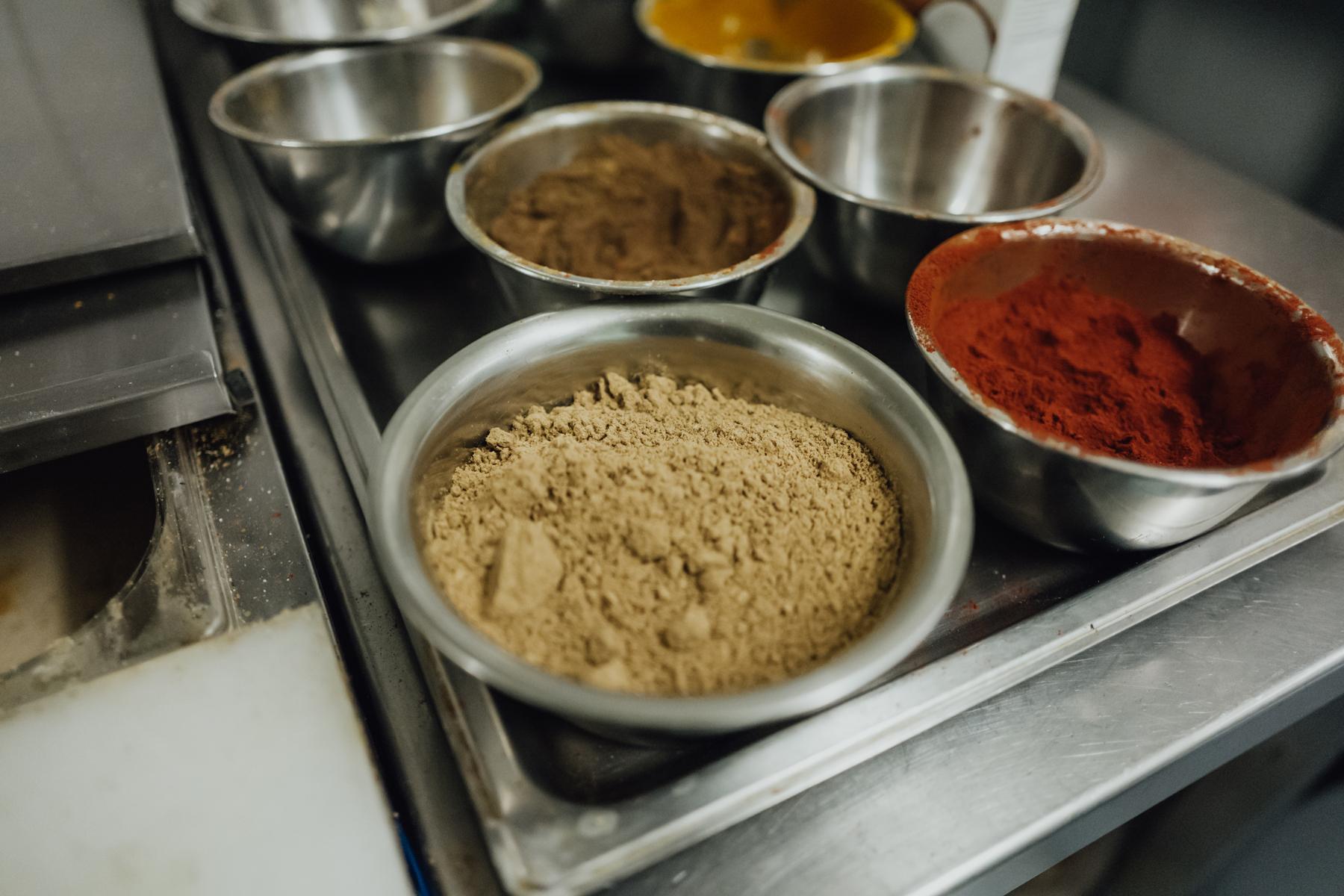 Indisches Restaurant AuthenTikka Gewürze