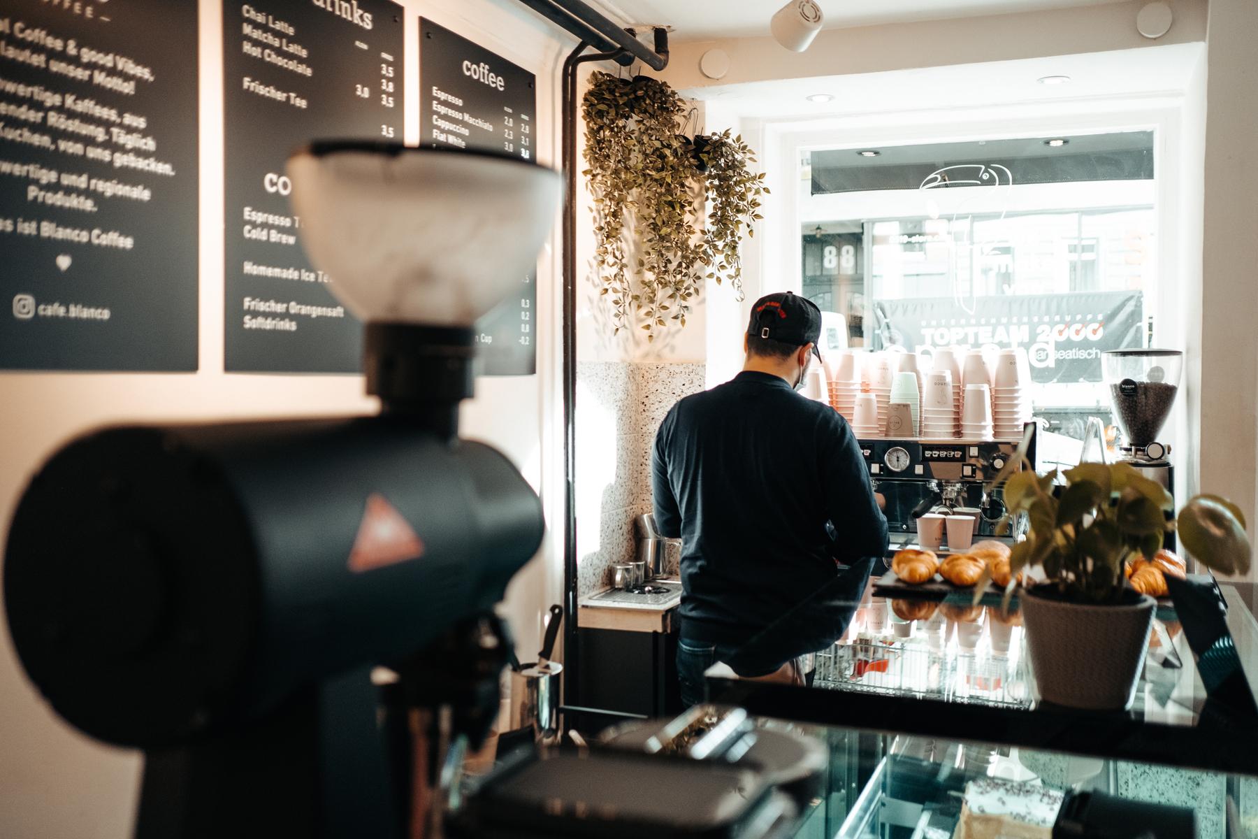 Geheimtipp Hamburg St Georg Café Coffee Blanco Dahlina Sophie Kock 07