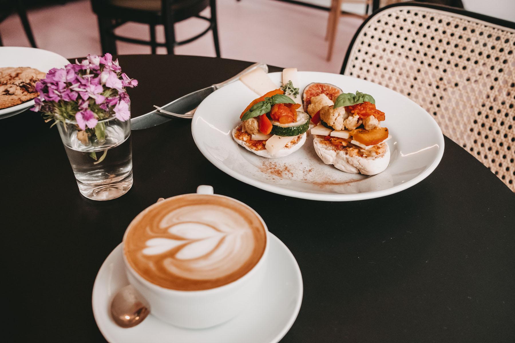 teikei karoviertel cafe geheimtipp hamburg dahlina sophie kock 1