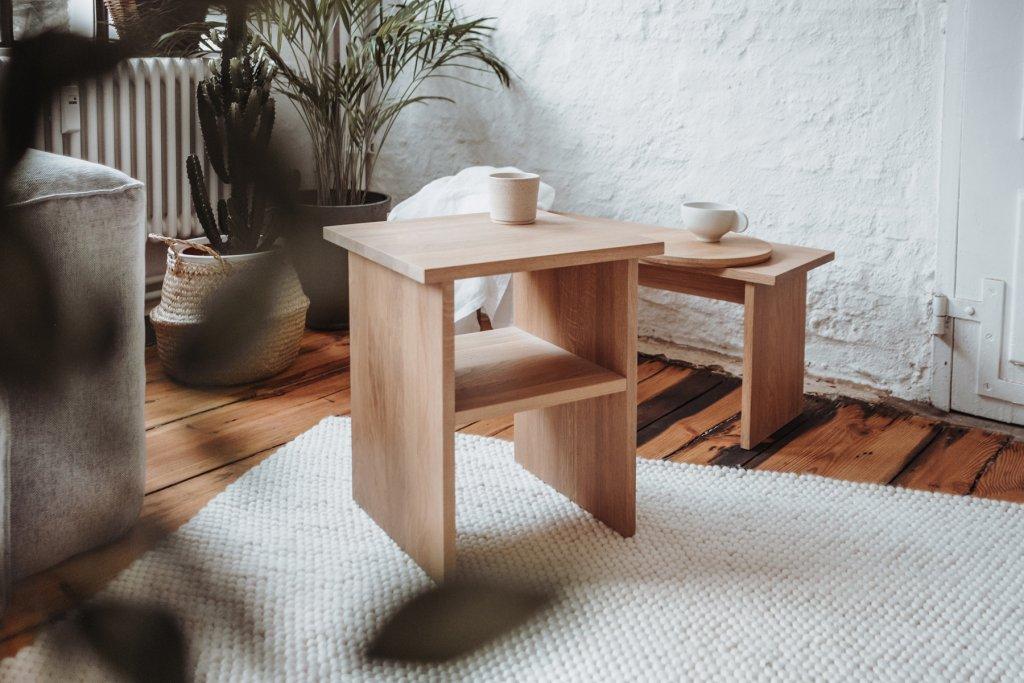 Slichtweg schlichte Holzmöbel