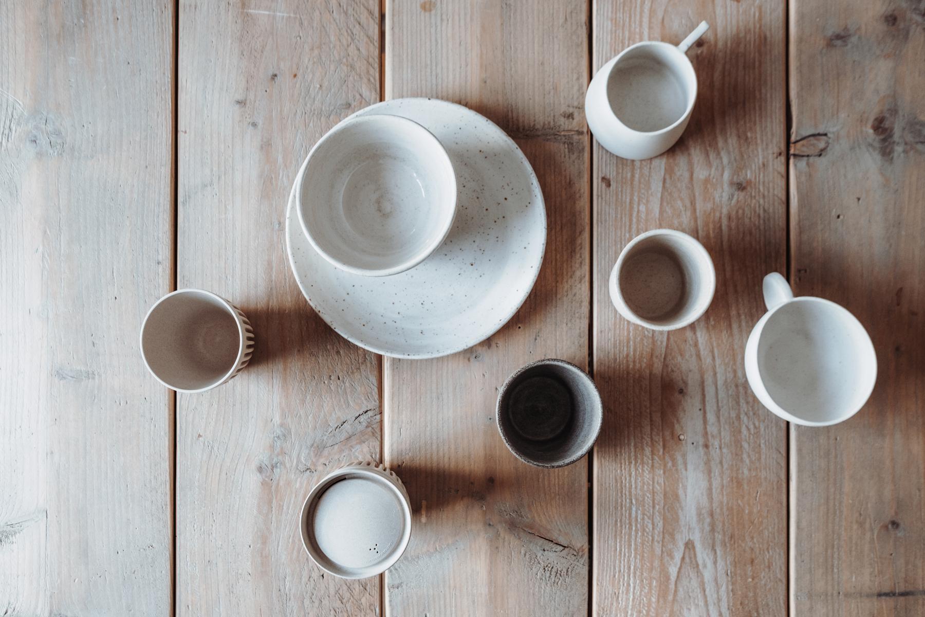Slichtweg Becher und Tassen aus Ton