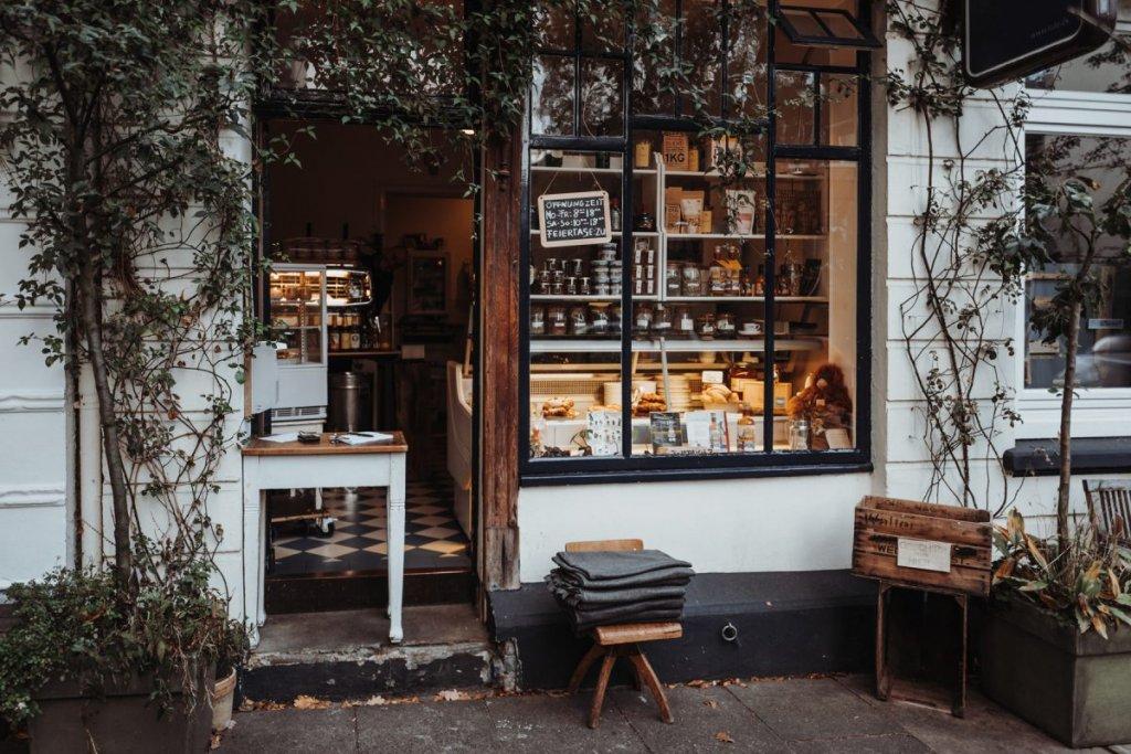 Geheimtipp Hamburg Ottensen Cafe Tide Feinkost und Treibholz Dahlina Sophie Kock 010 1200x800