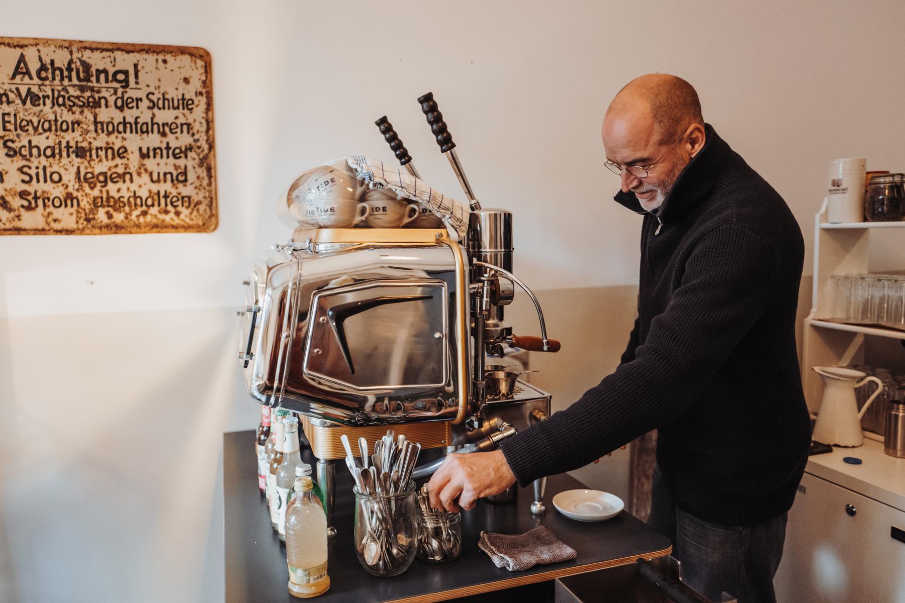 Geheimtipp Hamburg Ottensen Cafe Tide Feinkost und Treibholz Dahlina Sophie Kock 020