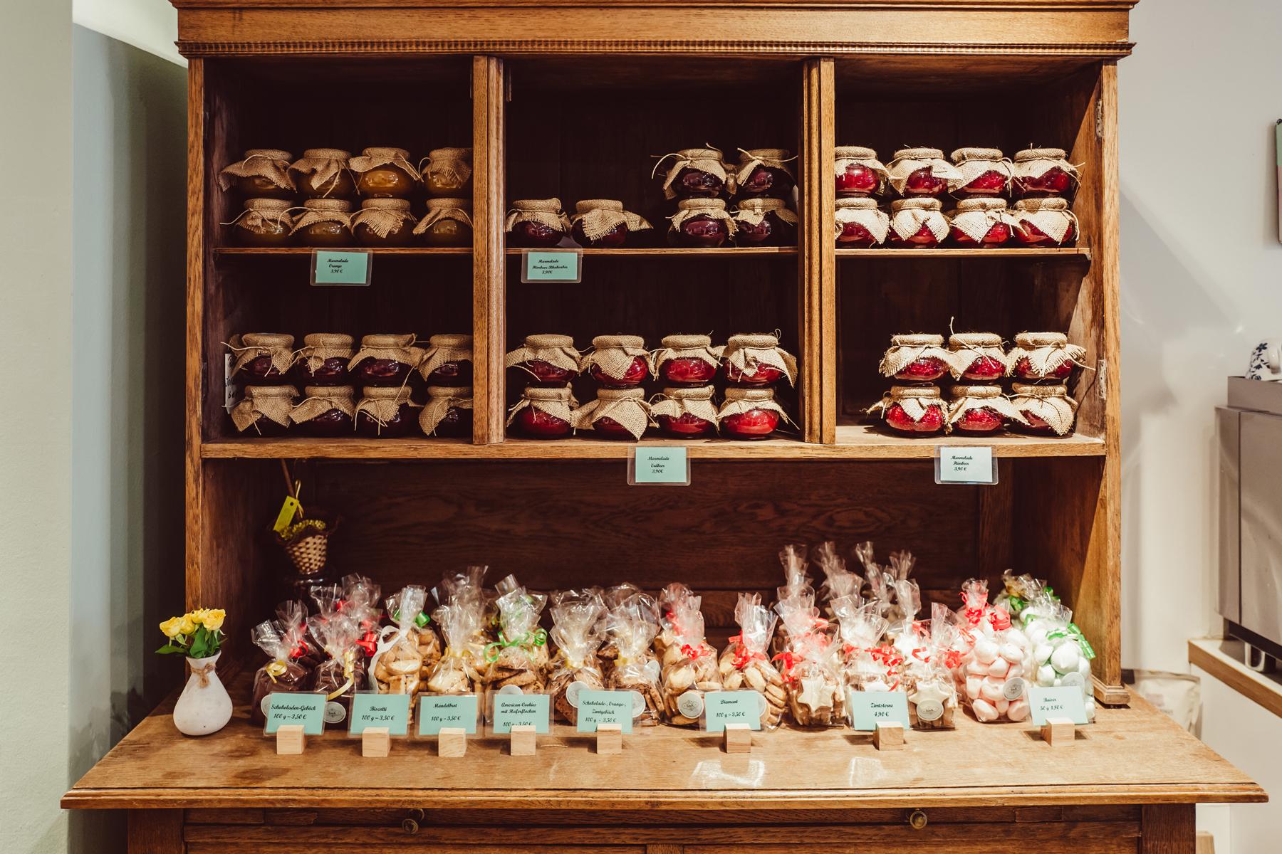 Geheimtipp Hamburg Winterhude Café Hosch Dahlina Sophie Kock 09