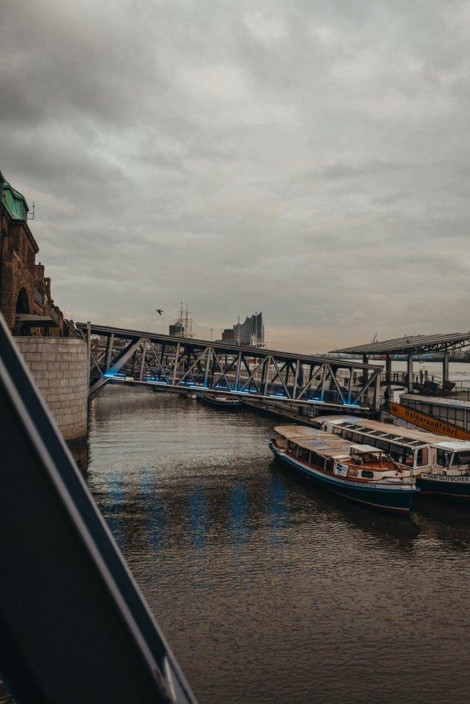 Hamburger Hafen Die Landungsbrücken
