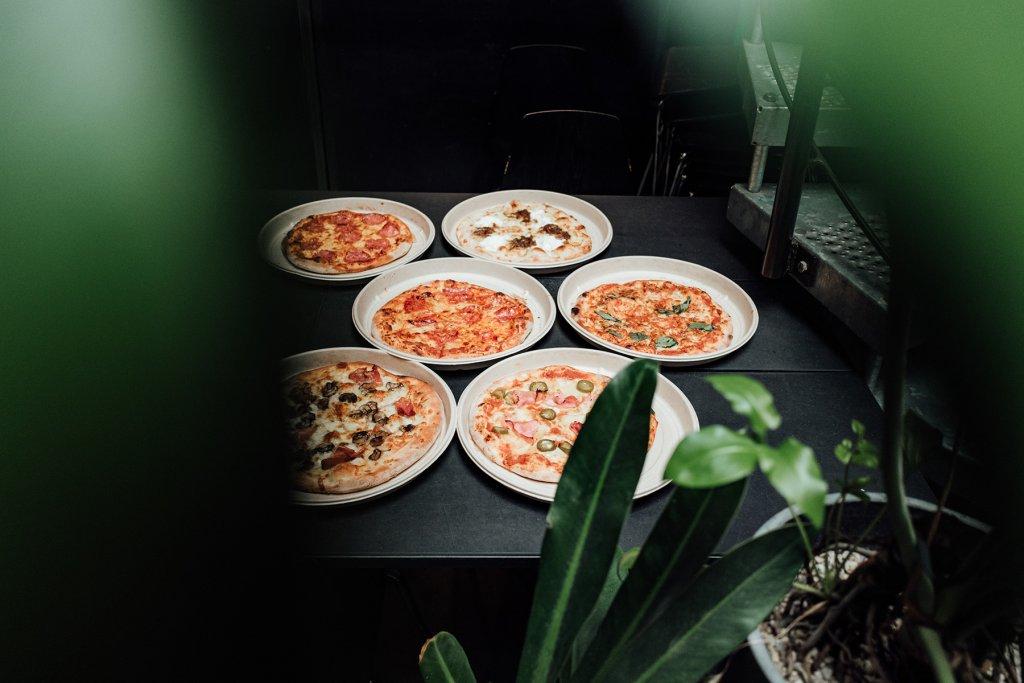 Mission Pizza Lieferservice Verschiedene Pizzen