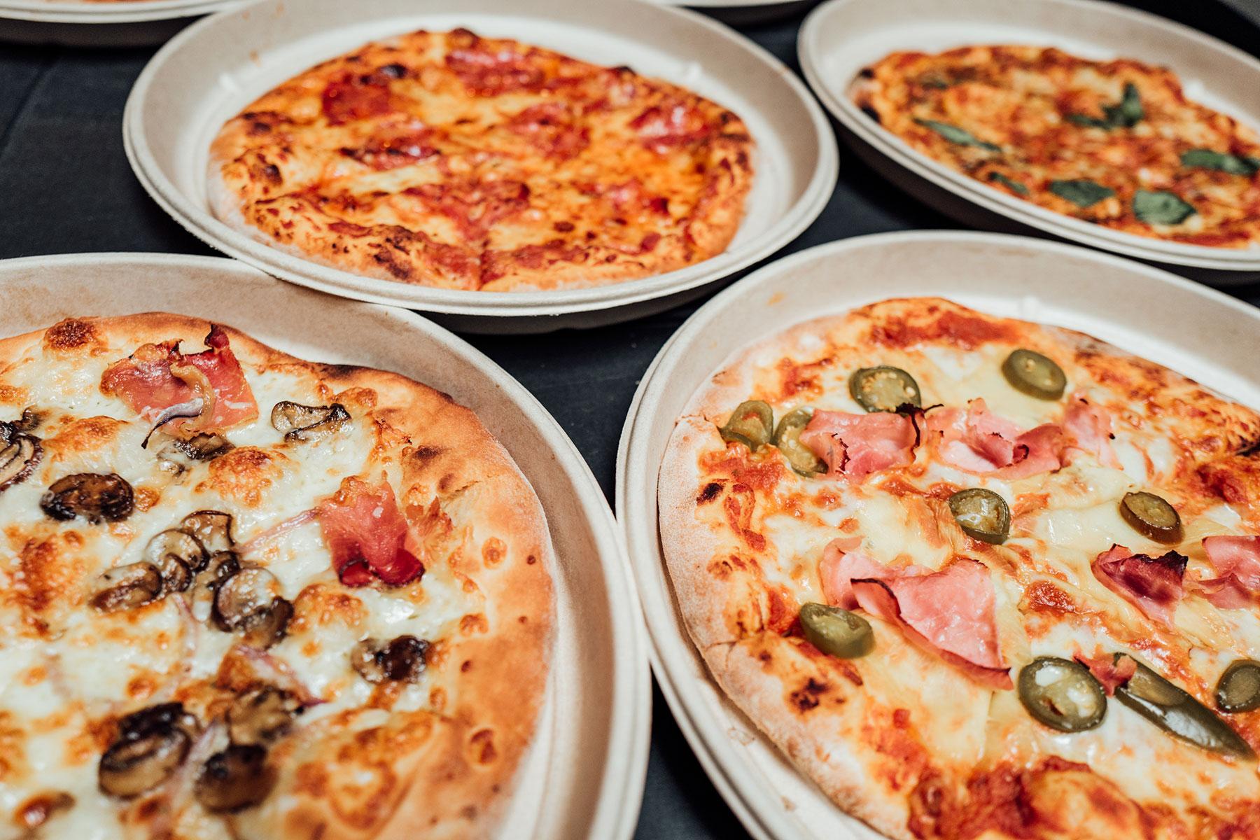 Pizzen von Mission Pizza