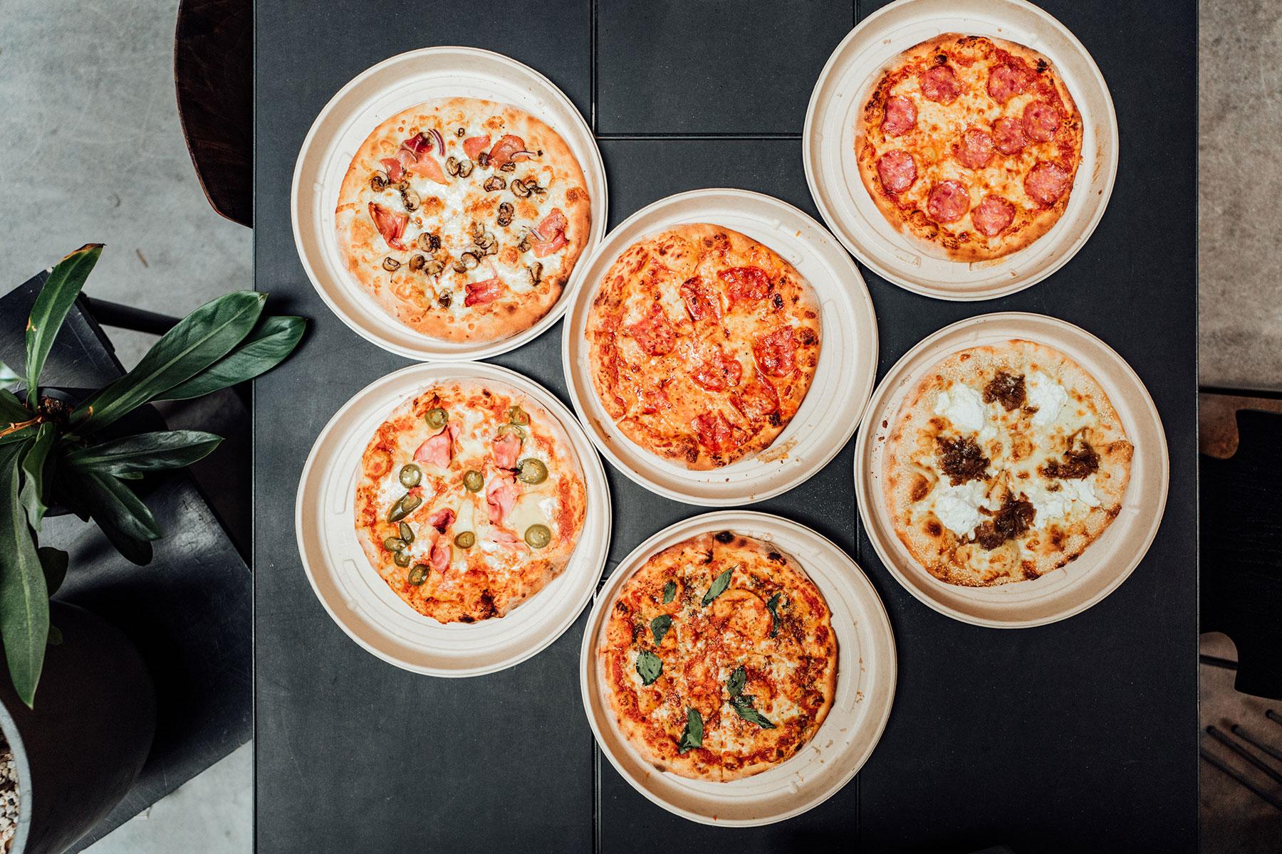 Viele verschiedene Pizzasorten bei Mission Pizza