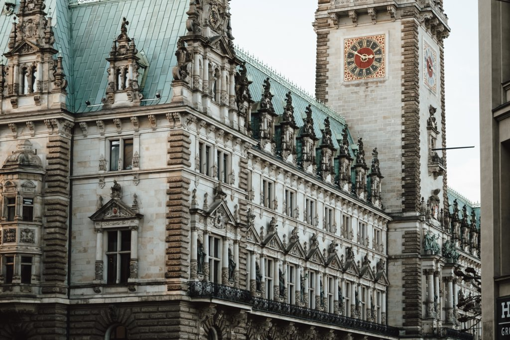 Geheimtipp Hamburg Hometown History Rathaus 1