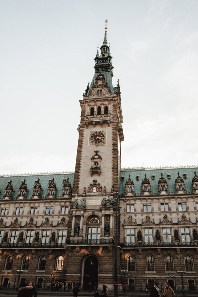 Geheimtipp Hamburg Hometown History Rathaus 5