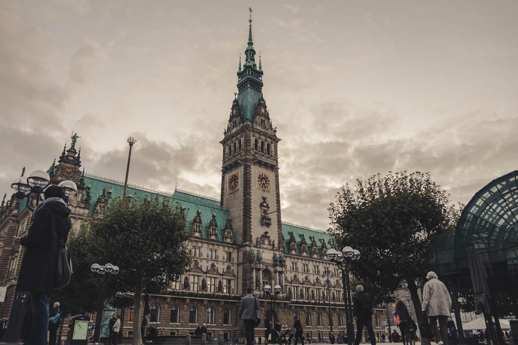 Geheimtipp Hamburg Hometown History Rathaus 6