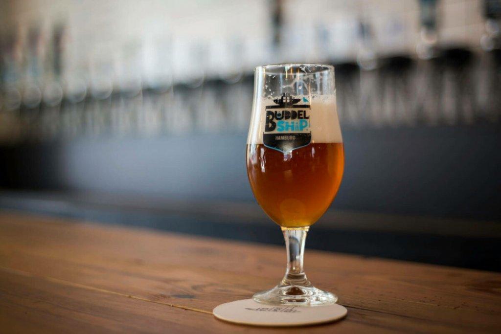 Kühles Bierchen gefällig? – ©Buddelship Brauerei