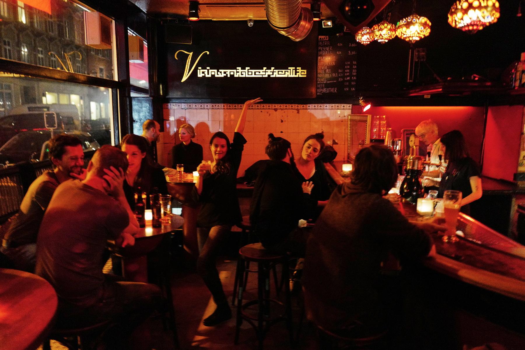 Geheimtipp Hamburg Essen & Trinken Bar Familieneck Ottensen Lisa Knauer 24