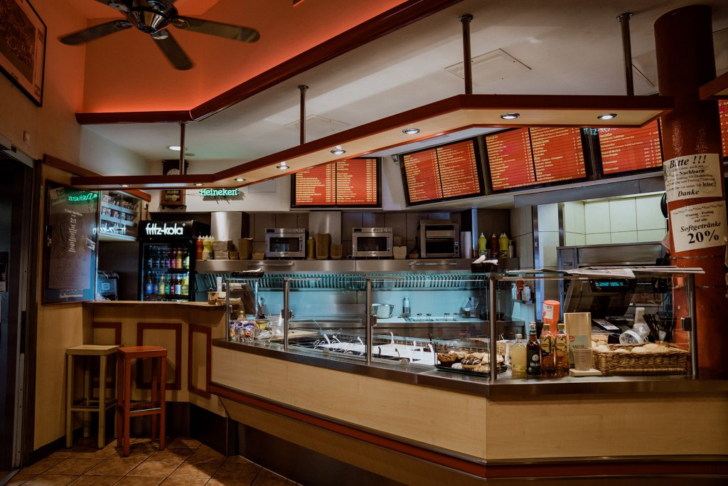 Hier gibt's Gyros Burger, Currywurst und Co.