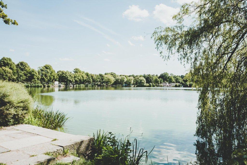 Geheimtipp Hamburg Picknick Außenmühlenteich Cristina Lopez 10 – ©Cristina Lopez