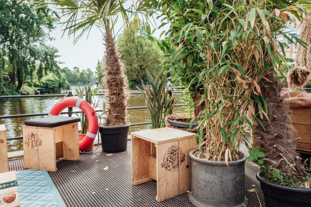 Zwischen Palmen und Bambus kommt Urlaubsfeeling auf!