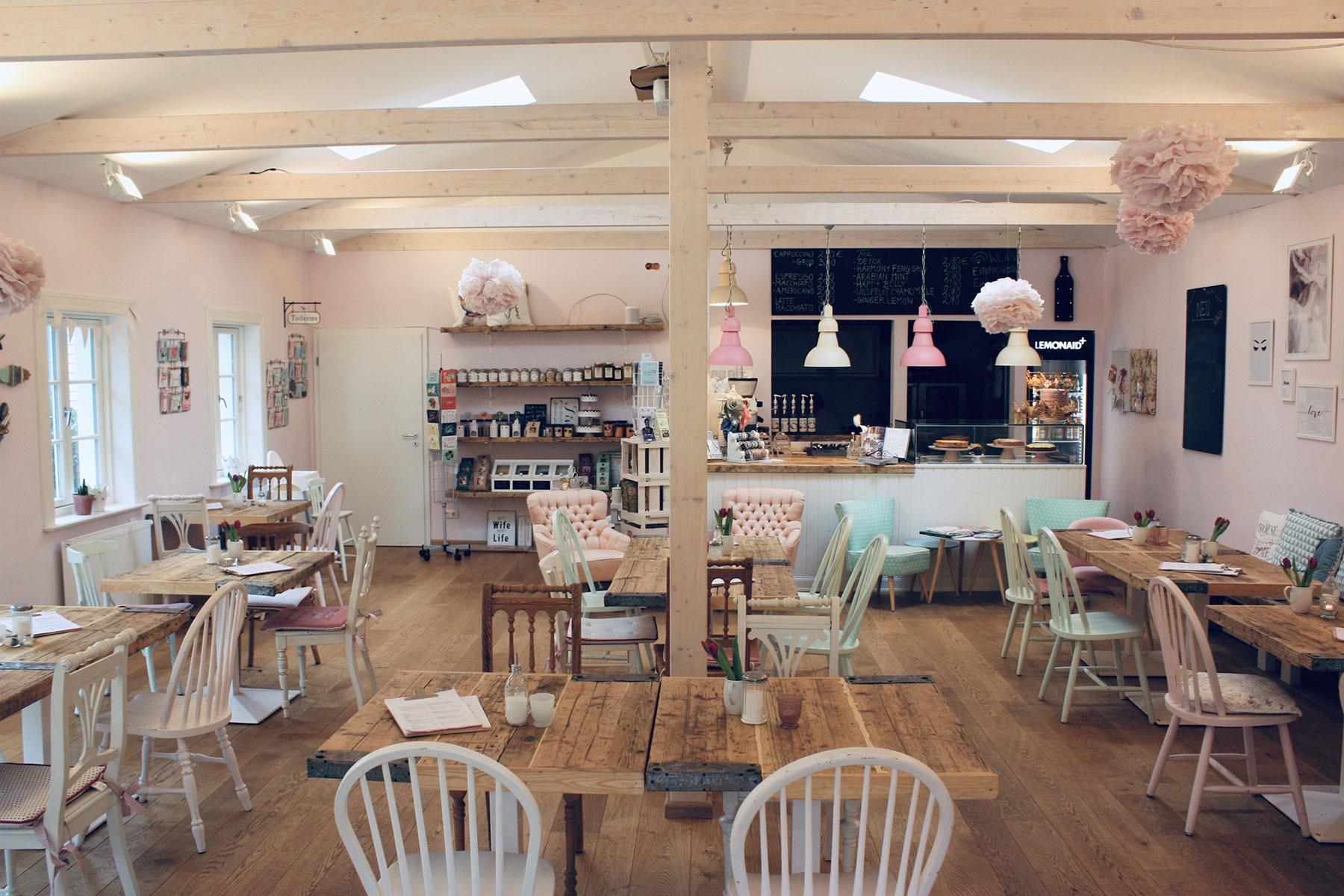 Geheimtipp Hamburg Harburg Café Einfach Rosa 003