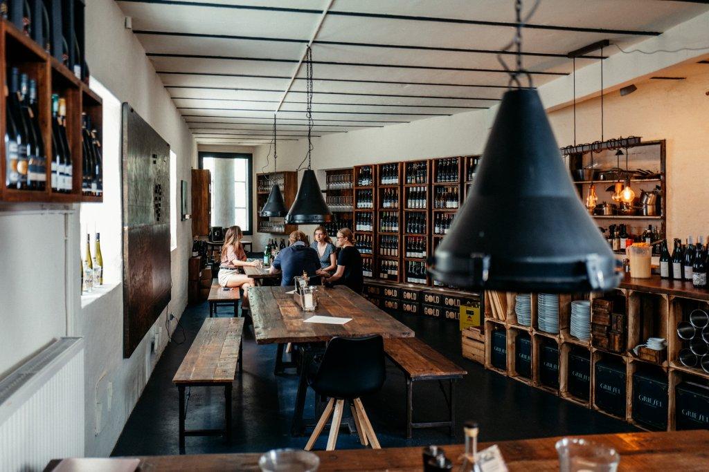 Geheimtipp Hamburg Sternschanze Bar Elbwein Dahlina Sophie Kock 21