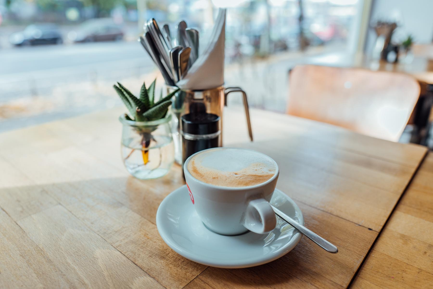 Hier schlürfen wir Hafer Cappu und andere Kaffeespezialitäten.