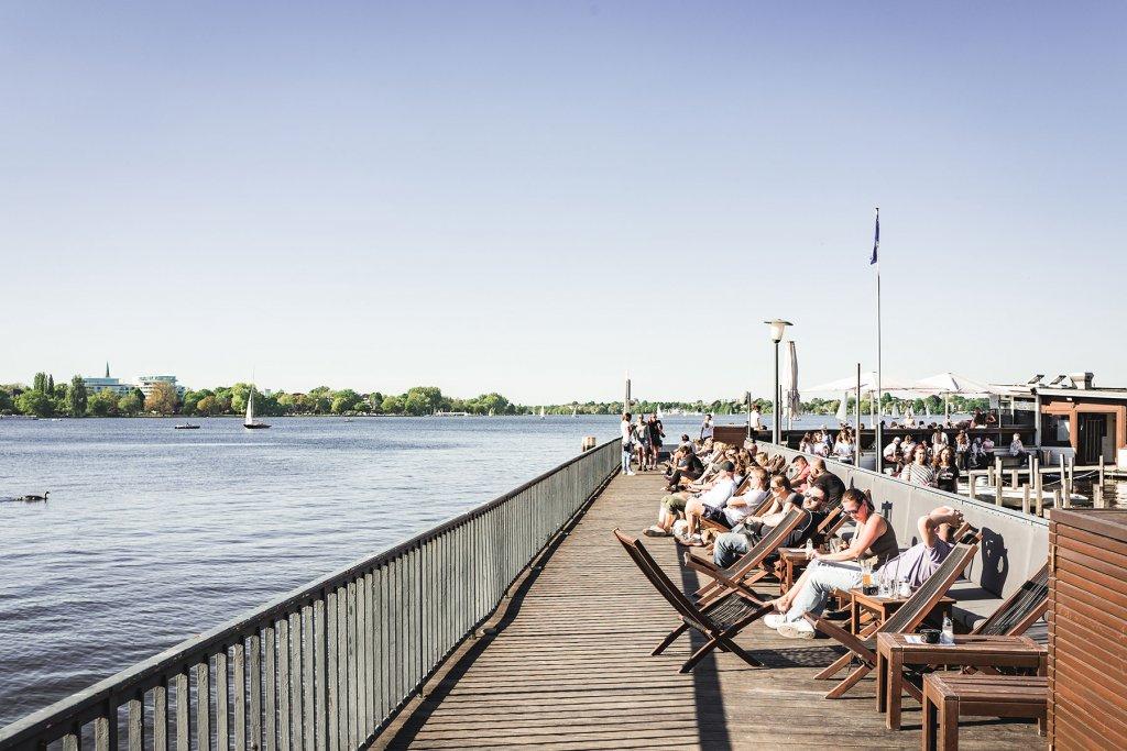 Geheimtipp Hamburg Essen & Trinken Beachclub Hamburg A.mora 1