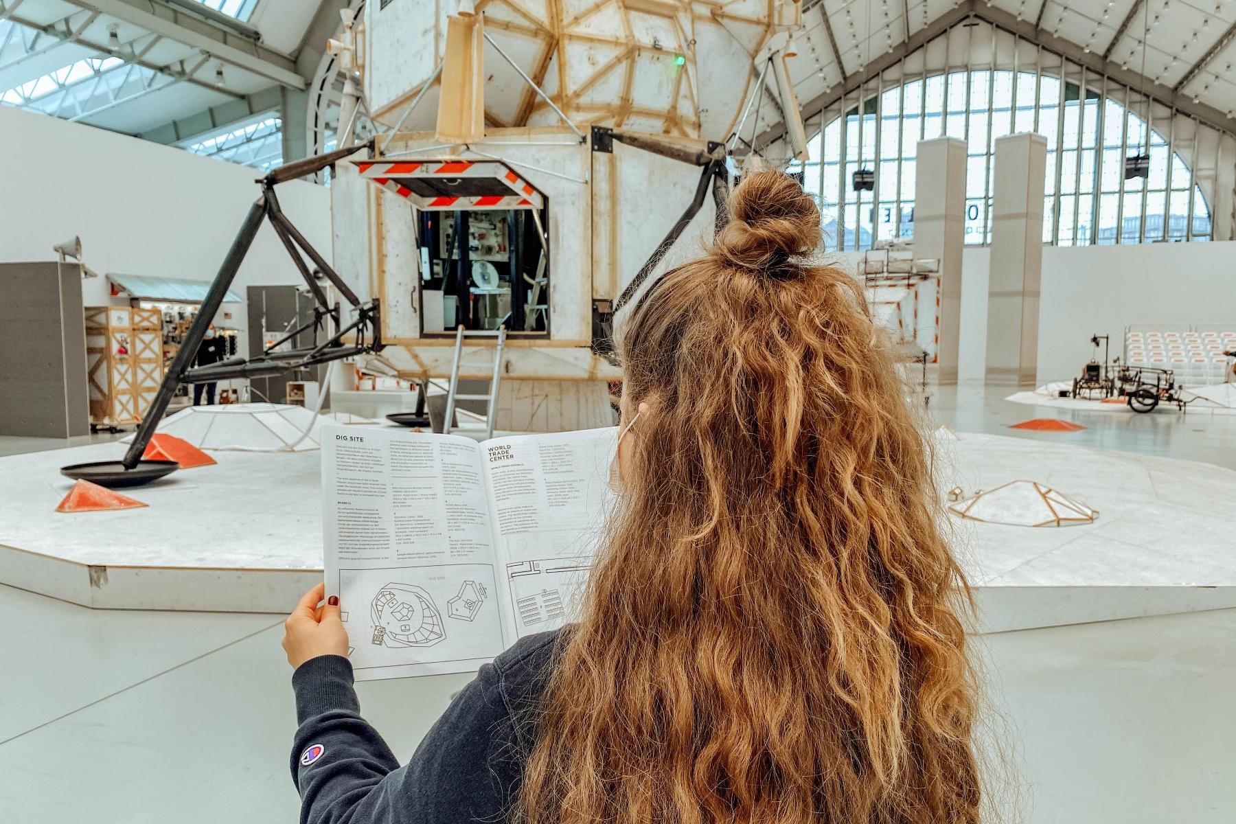 Geheimtipp Hamburg Kunst & Kultur Ausstellung Tom Sachs Space Program Lilli Sprung Sophie Stögmüller 15